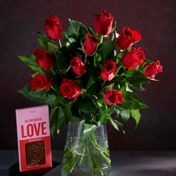 Valentines 12 Roses with Free Chocolate Bar